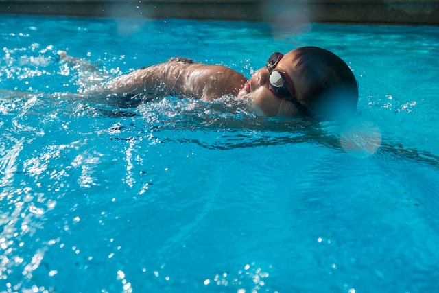 basic life skills for kids- a boy swimming