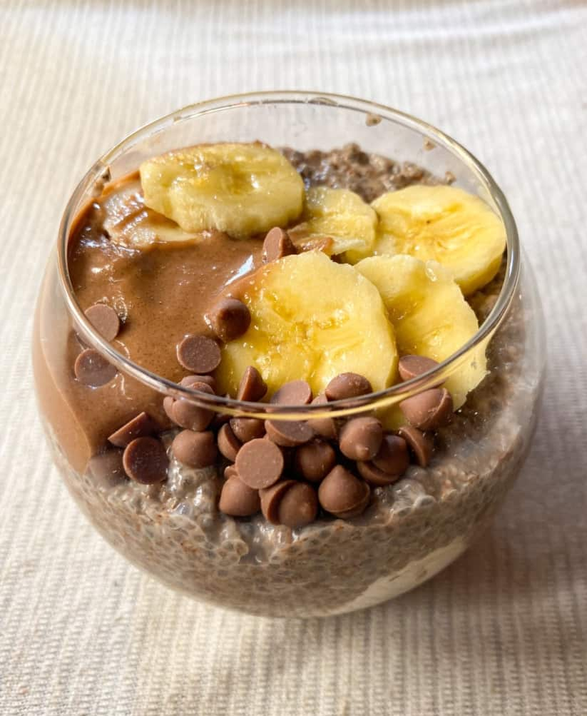 Chocolate chia pudding recipe - add toppings to chocolate chia seed pudding