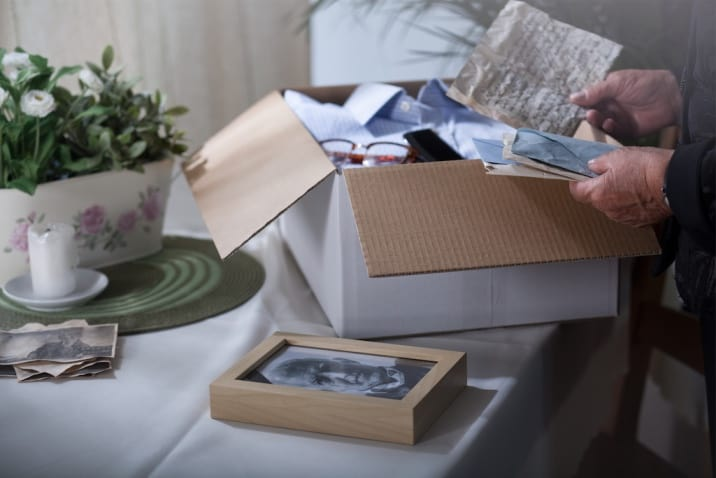 keeping sentimental items- decluttering mistakes to avoid